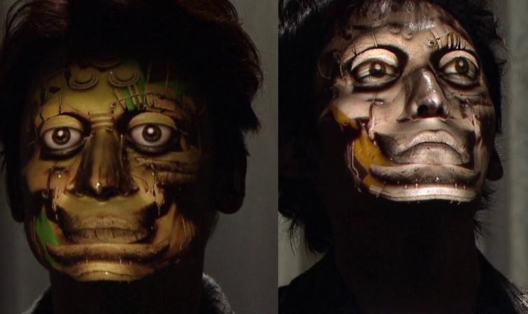 """这个""""光""""做成的面具很吓人"""