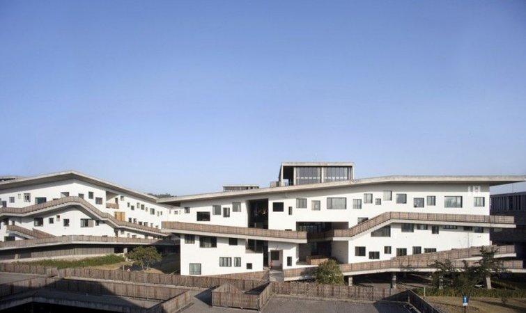 中国美院的毕业展,可能比大多数大牌展览更有趣_设计