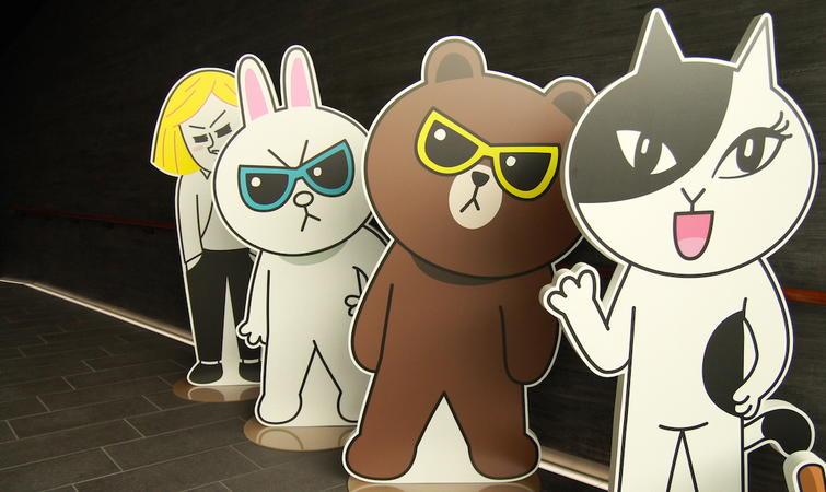 布朗熊的一系列卡通人物簡筆畫