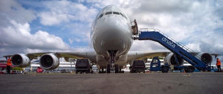 为什么没人买空客 a380?