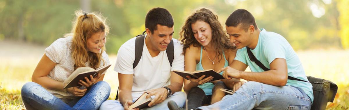 「好奇心日报大调查」大学生的钱都花在哪儿了?我们至少有 39 种答案