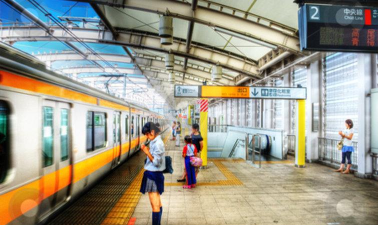 这位日本建筑师手绘的火车站透视图