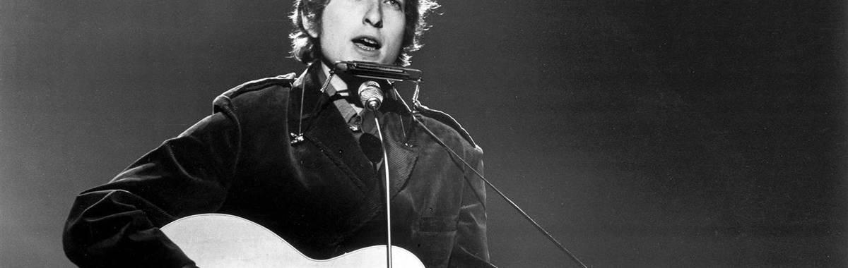 获得诺贝尔文学奖的鲍勃·迪伦,不只是一位 1960 年代的反抗歌手
