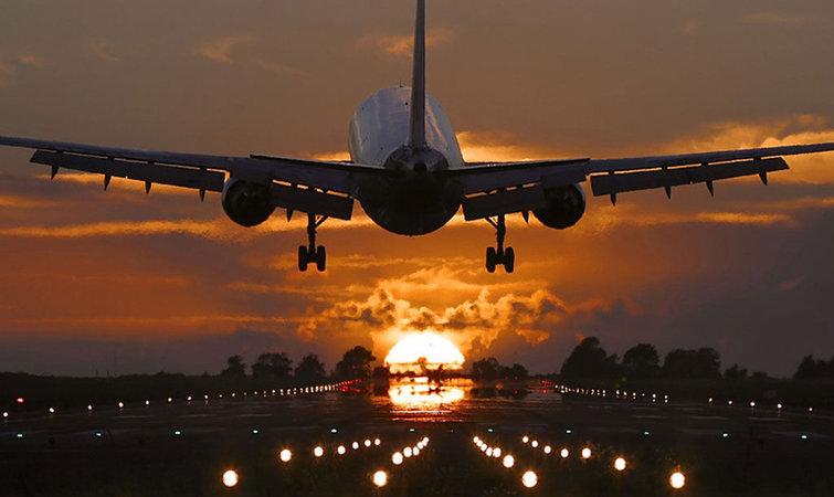 为了迎接世界商用飞机制造巨头