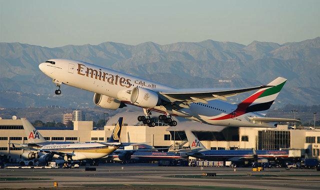 欧美航空公司对飞机上电子产品的使用一直比较宽松,联邦航空管理局