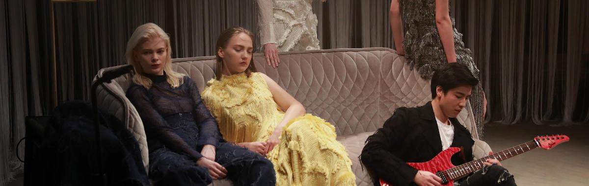 嗨,做衣服的年轻人,你们到底在想些什么?  上海时装周