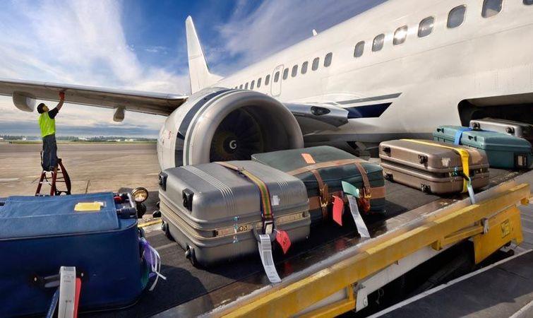 乘坐飞机行李托运