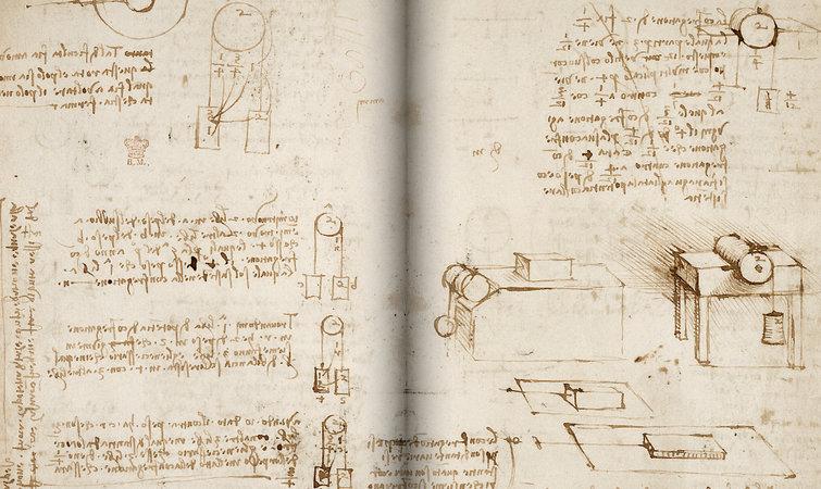 与《阿伦德尔手稿》一并被列入 Turning the Pages 2.0 计划的,是达芬奇的《莱斯特手稿》(Codex Leicester)。后者是一份科学作品手稿,收录了达芬奇的天文观察以及相关理论,达芬奇在其中对水、岩石、空气、光等物质进行了详细的讨论。这部手稿在 1994 年被比尔盖茨以 3080 多万美金的价格买下,而大英图书馆与微软的合作,也促成了这两部手稿得以在线上重聚。 这两部书稿中的所用内容都是用达芬奇标志性的镜像体写成的用左手从书页的右上角一路写到左下角,即使是图表