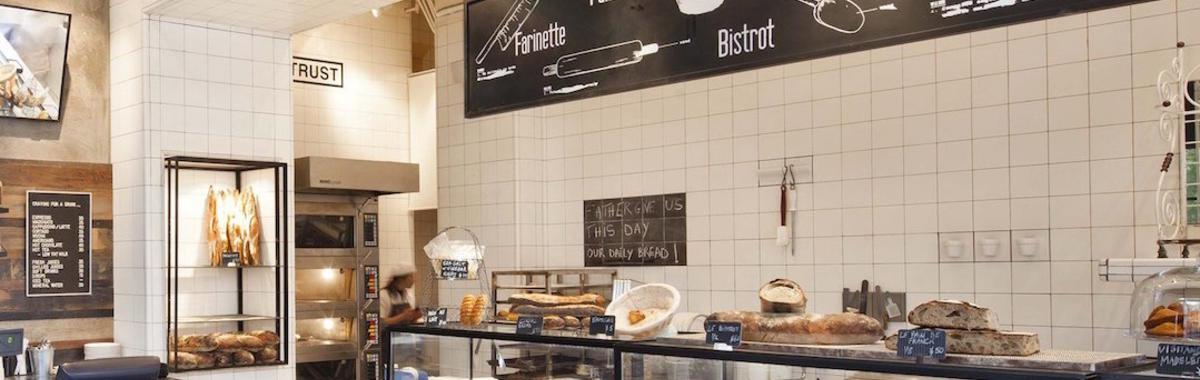 一个网红面包店的突然死亡,和 6 个人糟糕的夏天