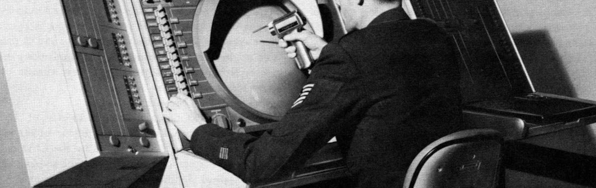 害怕核战争的人们,如何在冷战期间推动了互联网的诞生?