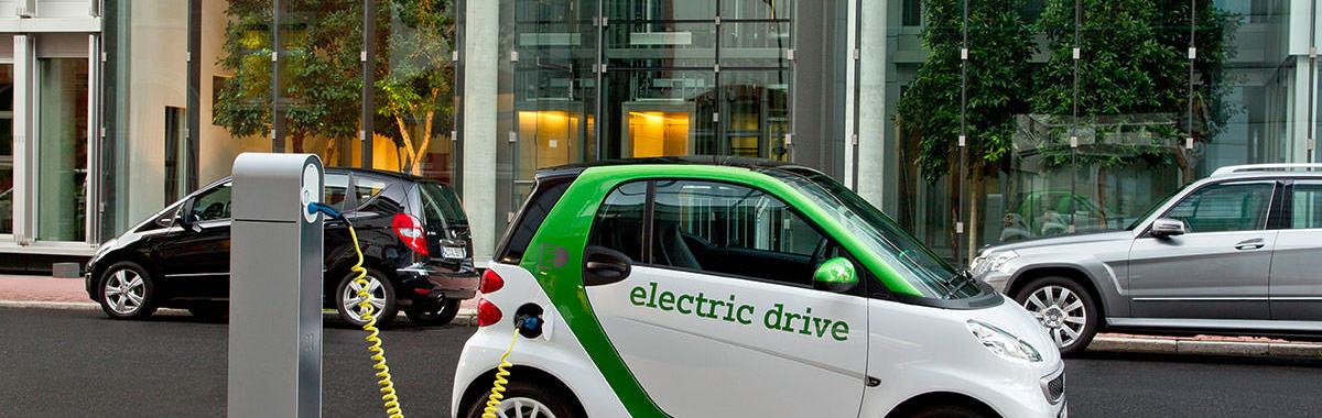 四大车厂说要投资 1000 亿美元造电动车, 9 张图告诉你这对于汽车业意味着什么