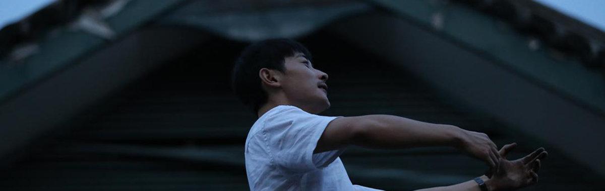 导演李霄峰说,很多时候就是鸡蛋构成了高墙 | 访谈录⑩