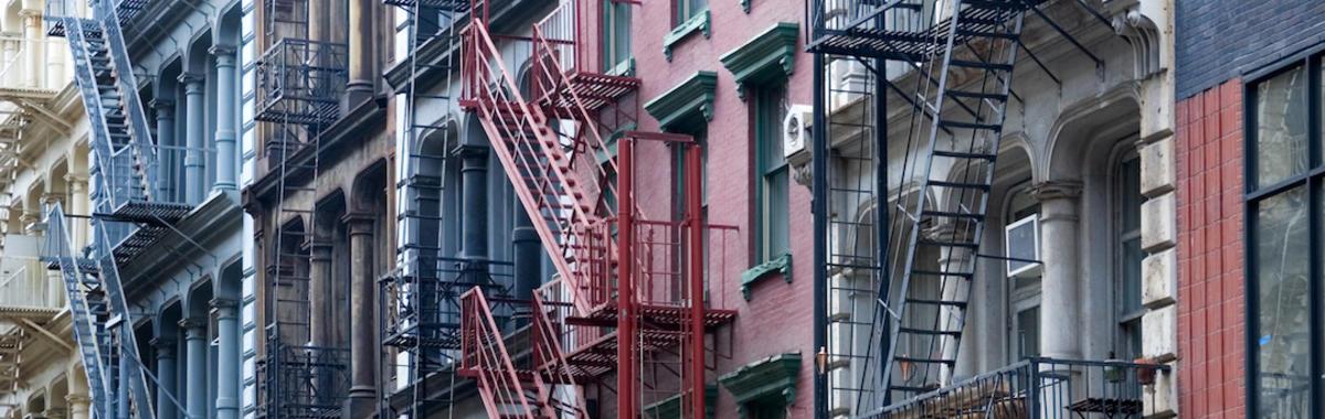"""纽约 SoHo 的""""非法居住者""""和半个多世纪居住权的抗争"""