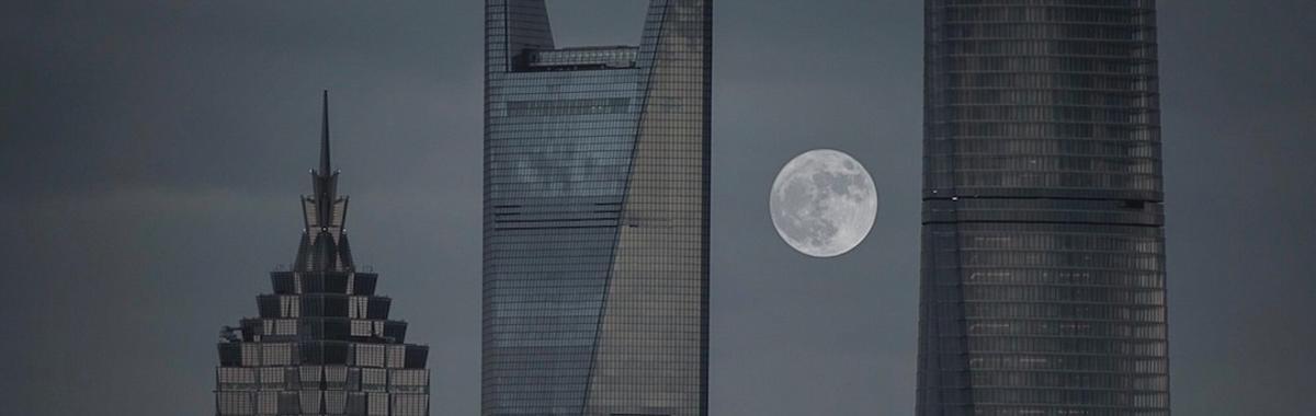 """""""上海没有 CBD"""",这可能是一个正确的说法"""