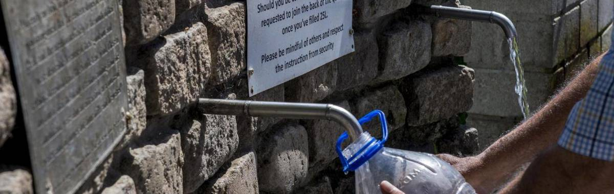 开普敦百万家庭面临限量用水,一个现代化的城市何以至此?