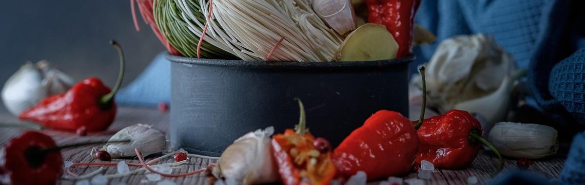海底捞年收入做到 100 亿,一个以市场扩张为战略的火锅店会有什么风险