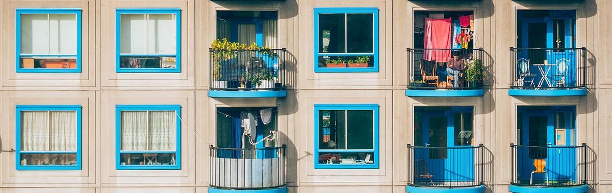 地产商、酒店、中介公司都做起长租公寓生意,但它们看上的并不是租金
