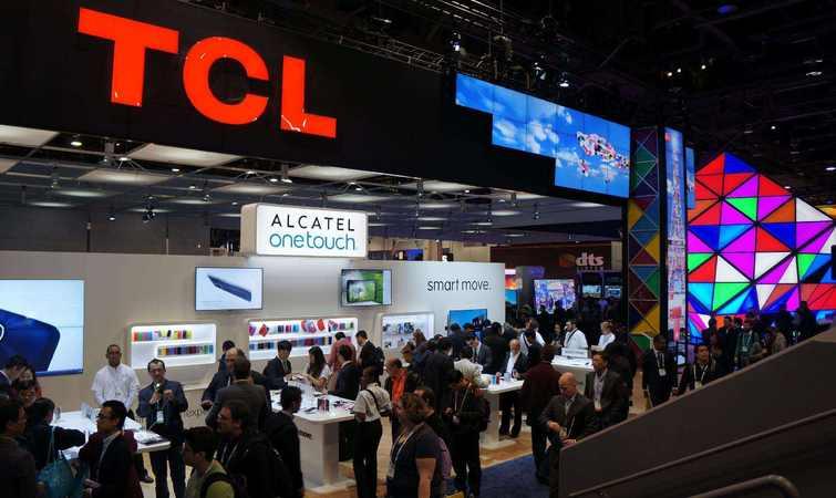 TCL 投产新的 OLED 生产线,为电视机以后的生意做了两手准备