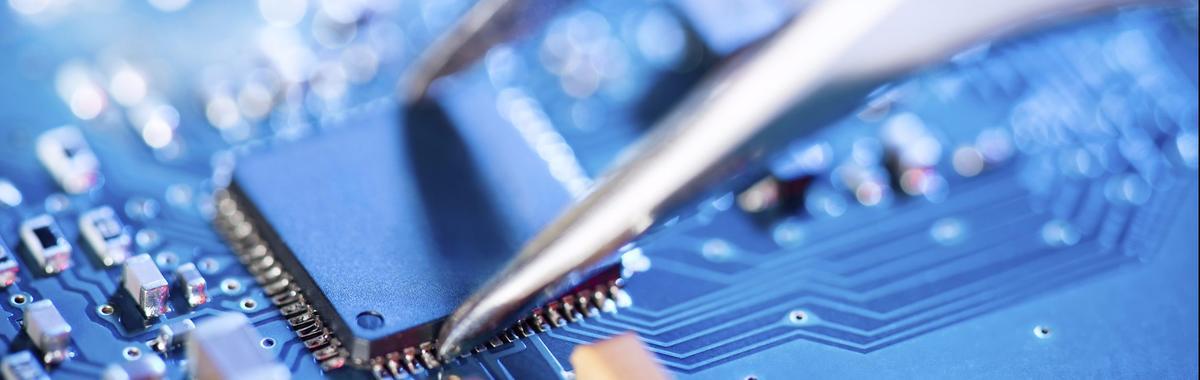 老老实实做代工的台积电,在芯片业扮演什么样的角色。为什么张忠谋退休是件大事 | 好奇心商业史
