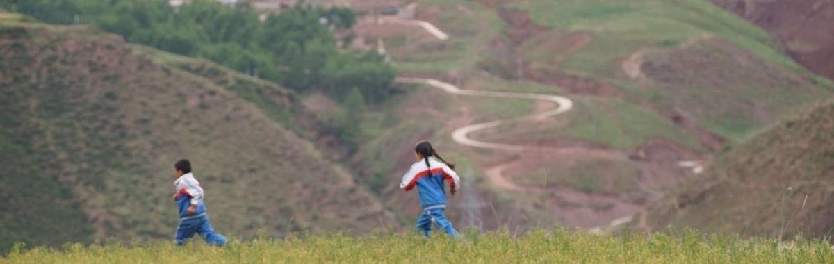 对于导演拉华加来说,藏族身份意味着什么?| 我怎么就成了一个导演③