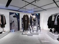 Zara 推出了完全为电商设计的概念店,只能在线上下单