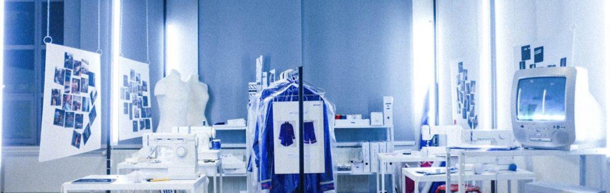 让制衣工成为设计师,这个 22 岁女孩的行动该如何定义? | 100 个有想法的人
