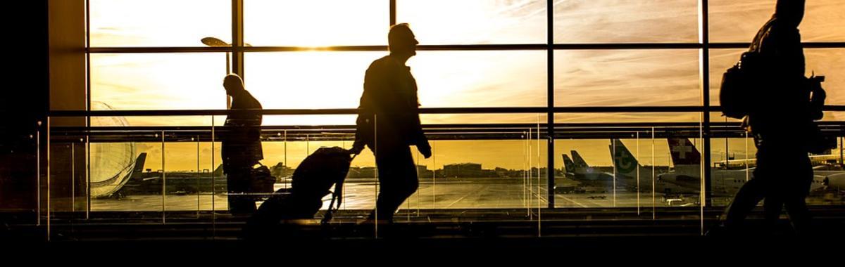 除了票价,廉价航空和传统大航空公司的生意也根本不是一回事