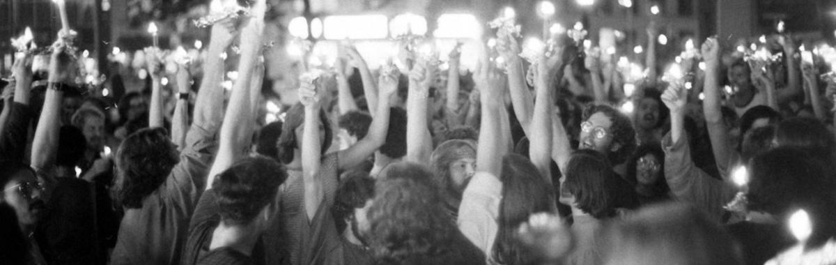 50年前纽约酒吧里的一场骚乱,和美国人的同性平权 | 石墙50年
