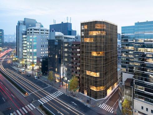 """东京出现了一栋办公大楼,室内嵌入""""天空森林"""""""