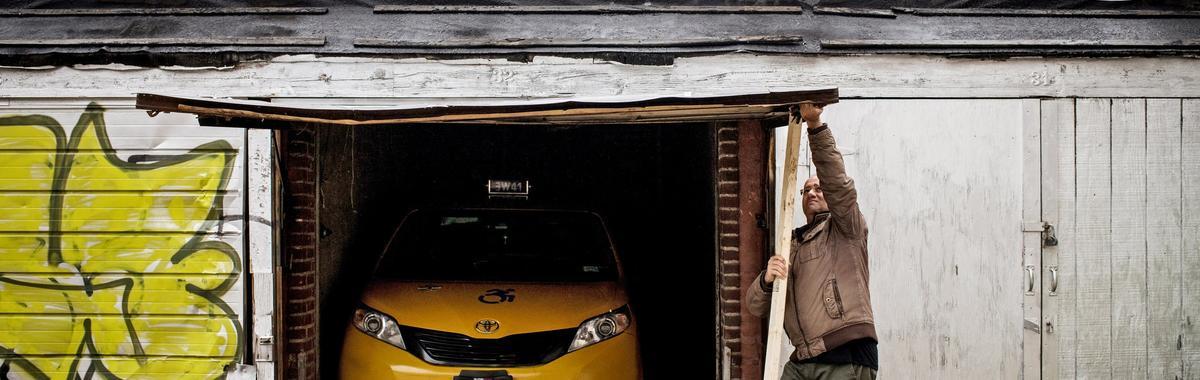 纽约出租车困局:数千名司机受贷款困扰,高层官员却借此牟利