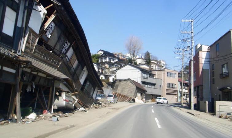 英国亚马逊海淘_英国记者的 6 年调查,东日本大地震给日本带来什么影响?_文化 ...