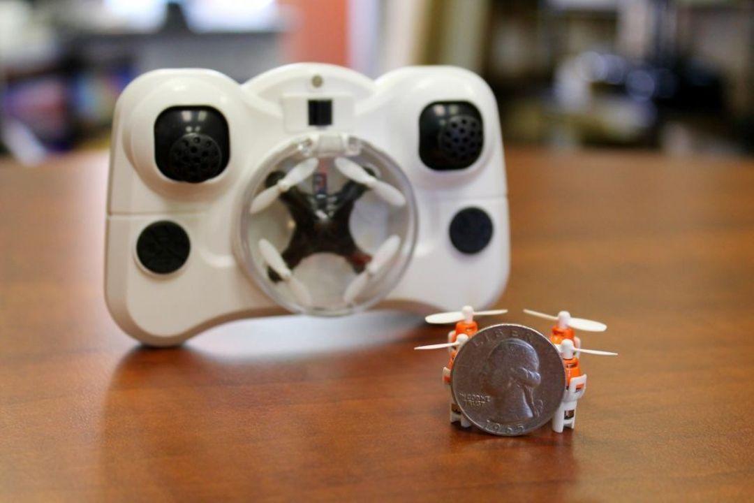 无人机现在已经做到了硬币的尺寸_智能_好奇心日报