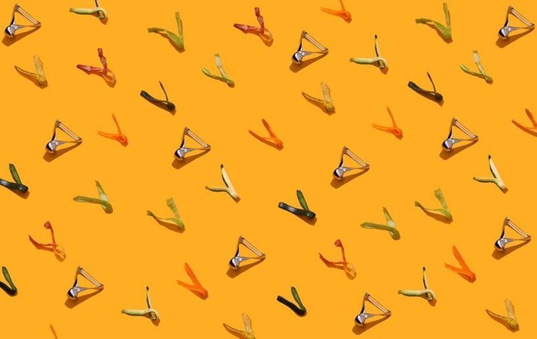 'sfrido' vegetable peeler by valerio sommella