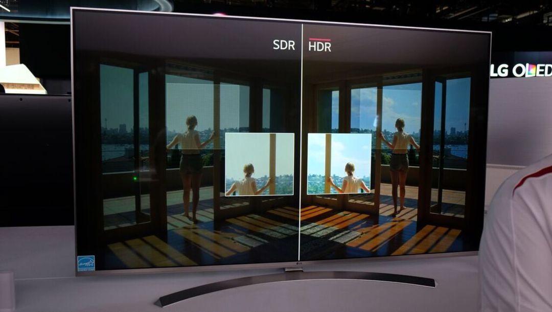 现场 LG 电视的 HDR 效果对比