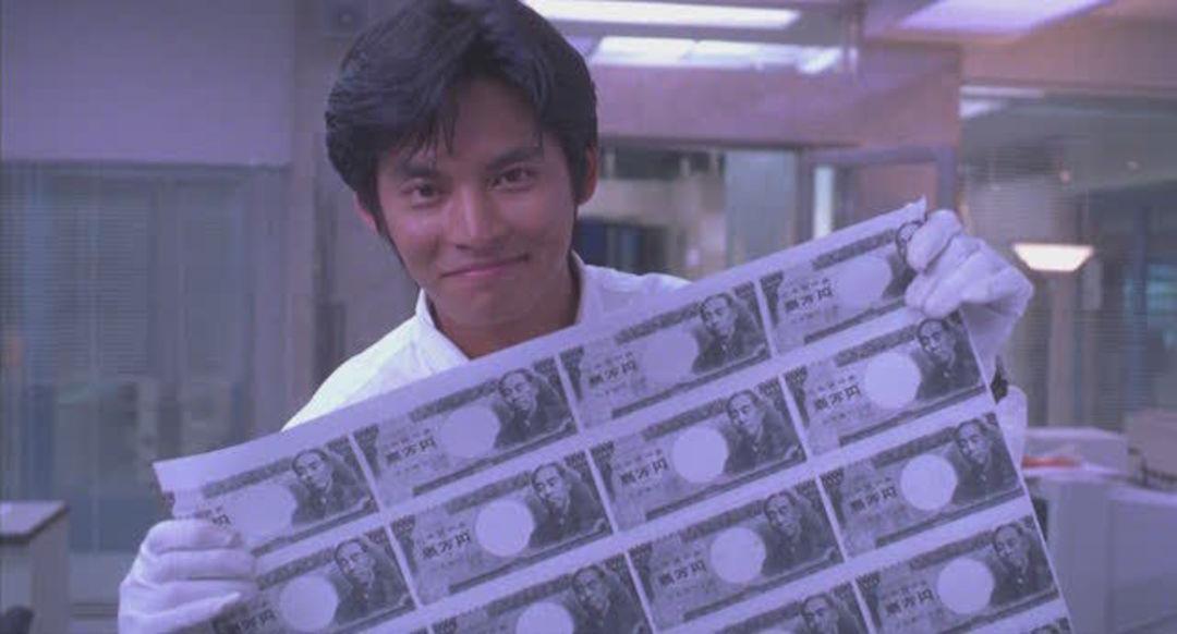 织田裕二在《跳跃的大搜查线》剧场版中扮演警官青岛俊作