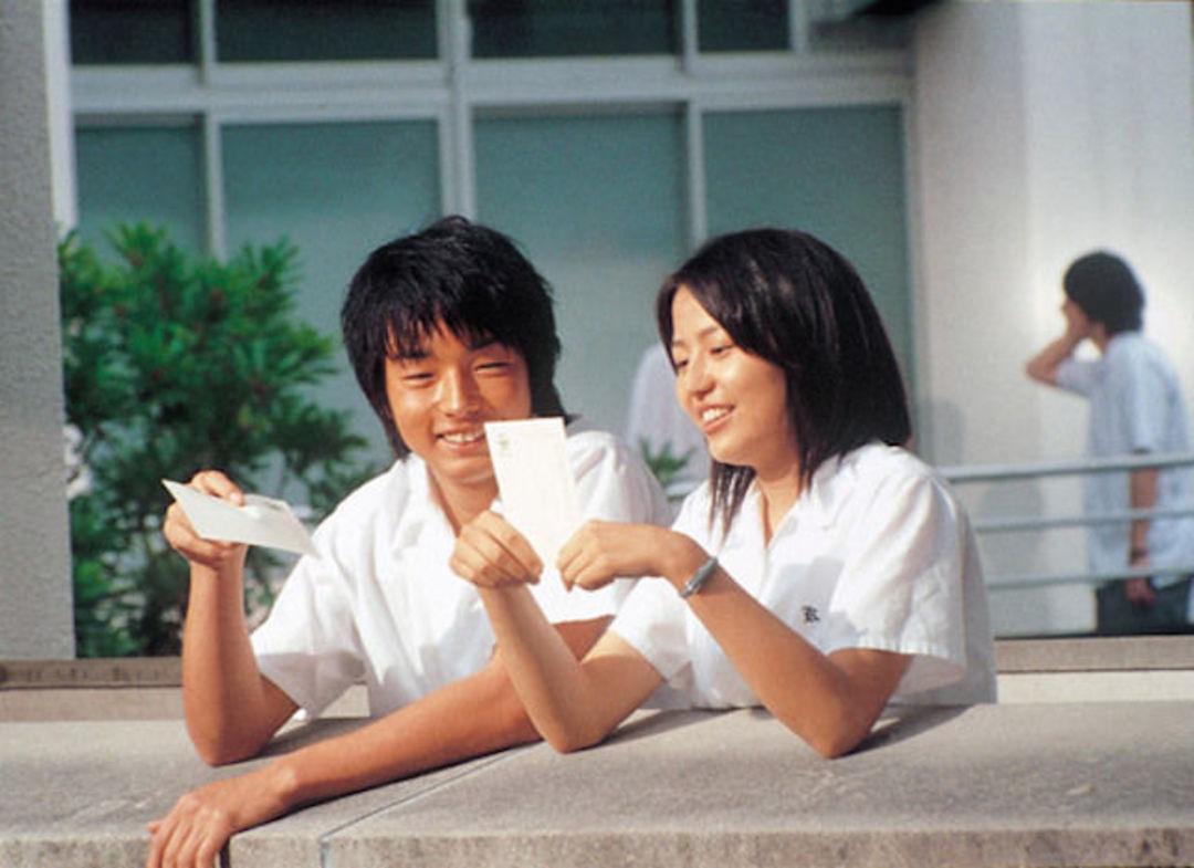 《在世界中心呼唤爱》用电影里的纯真唤醒了日本观众