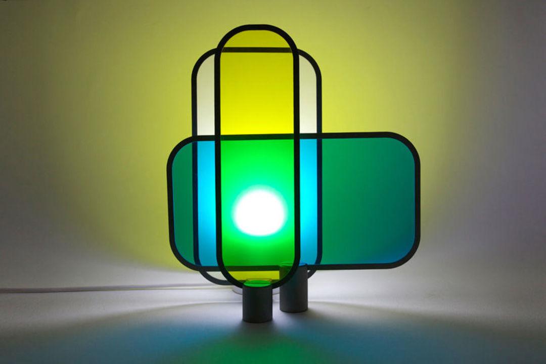 solar lamp by Arturo Erbsman