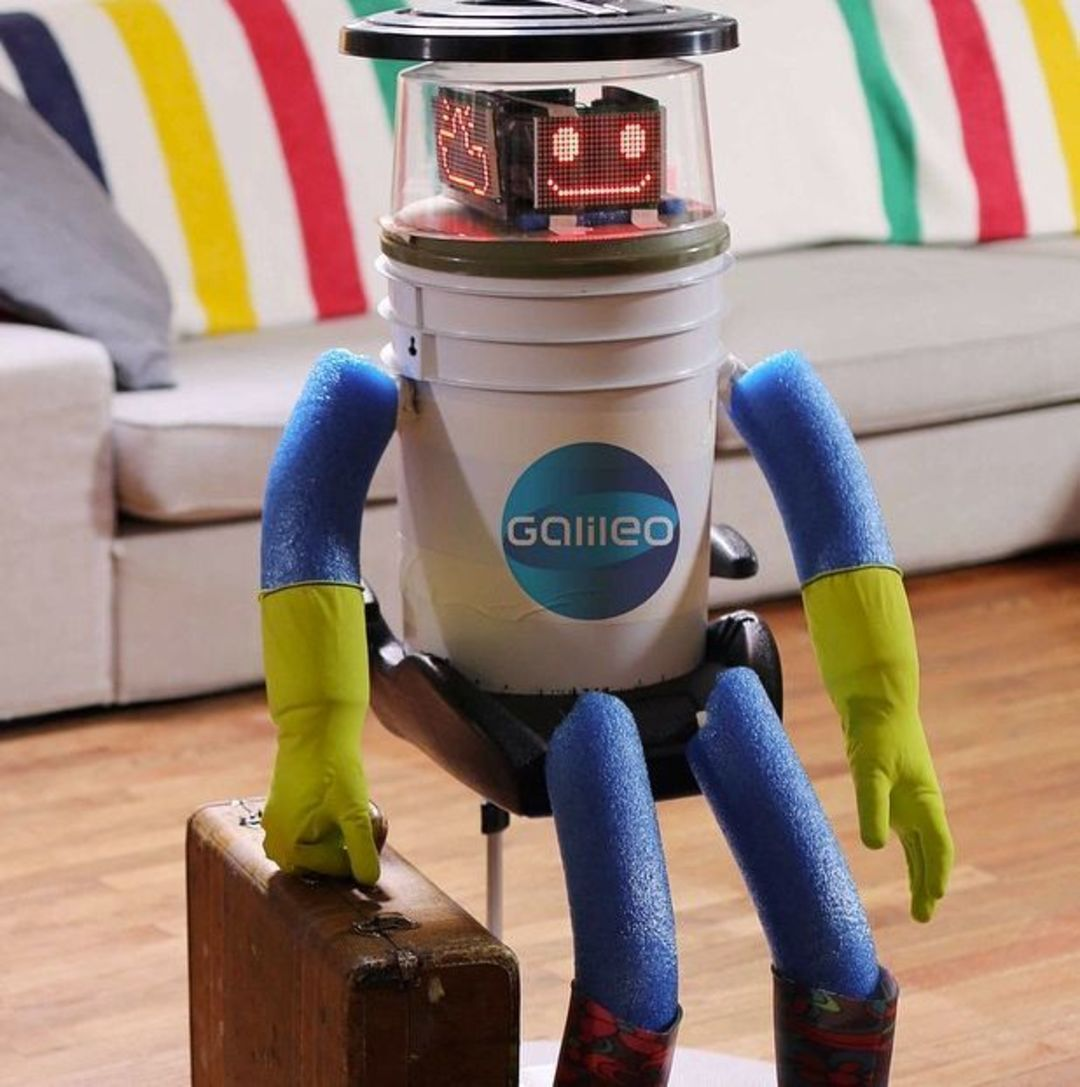 「这世界」搭车环游加拿大和欧洲的机器人在美国被害了_城市_好奇心日报