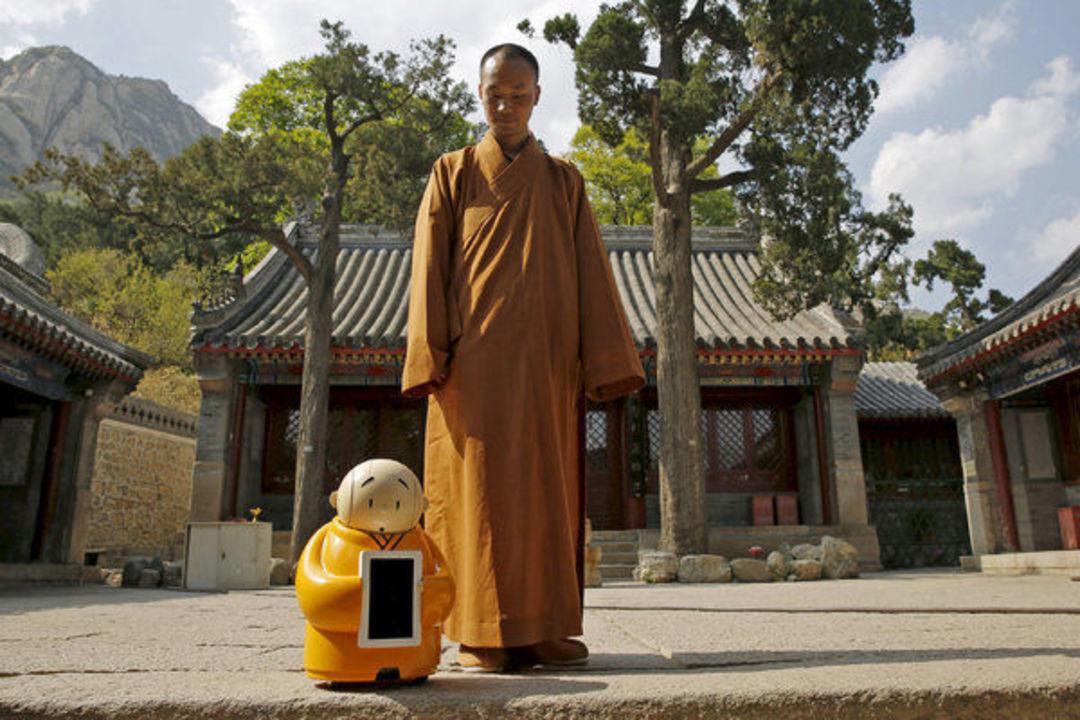 北京龙泉寺开发了一个机器人,它还称不上有智慧_智能_好奇心日报