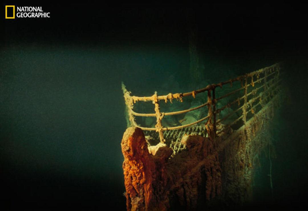 1985 年,探险家罗伯特·巴拉德在北大西洋发现了泰坦尼克号最后的安息处