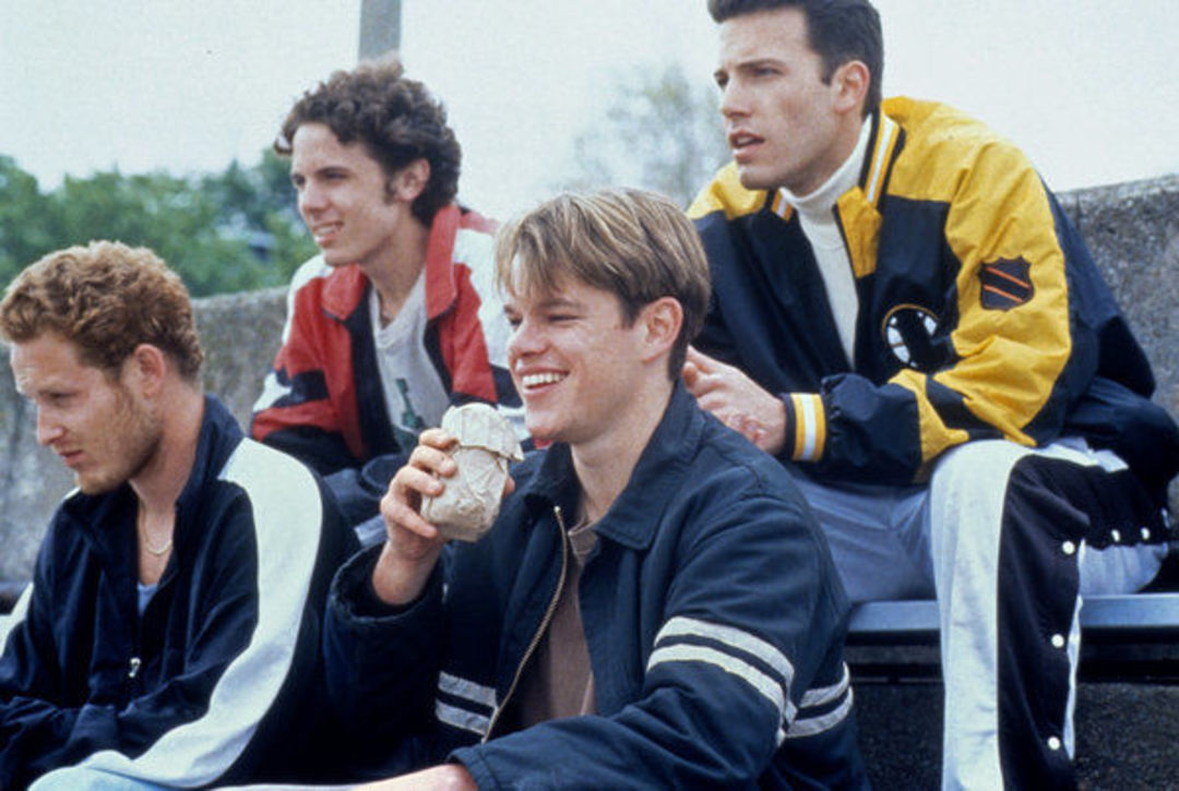 (左起)Cole Hauser、Casey Affleck、马特·达蒙和本·阿弗莱克,在《心灵捕手》片中。图片版权 米拉麦克斯影业