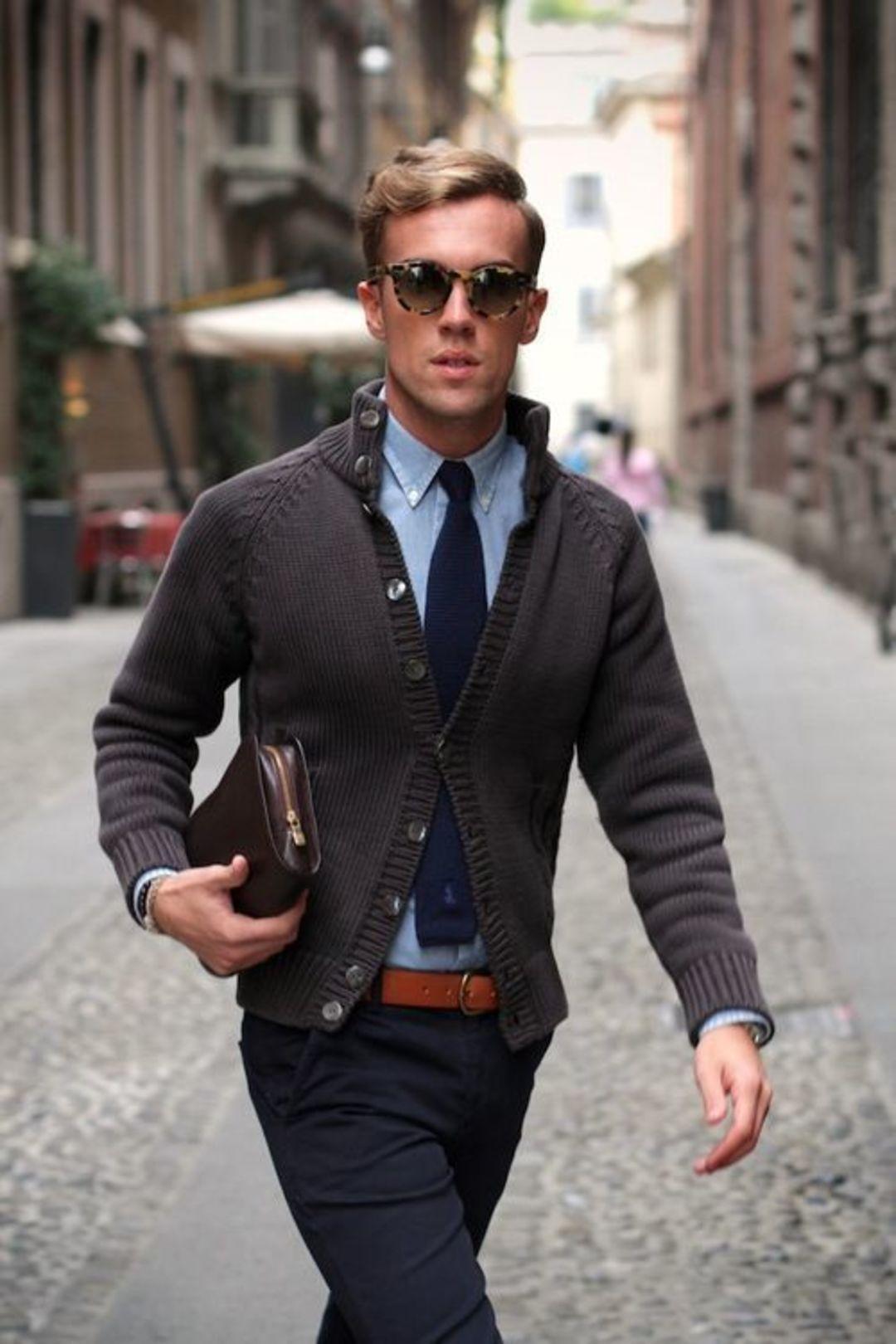 男生衣橱之不过时单品:人人都该有件蓝色牛津衬衫_时尚_好奇心日报