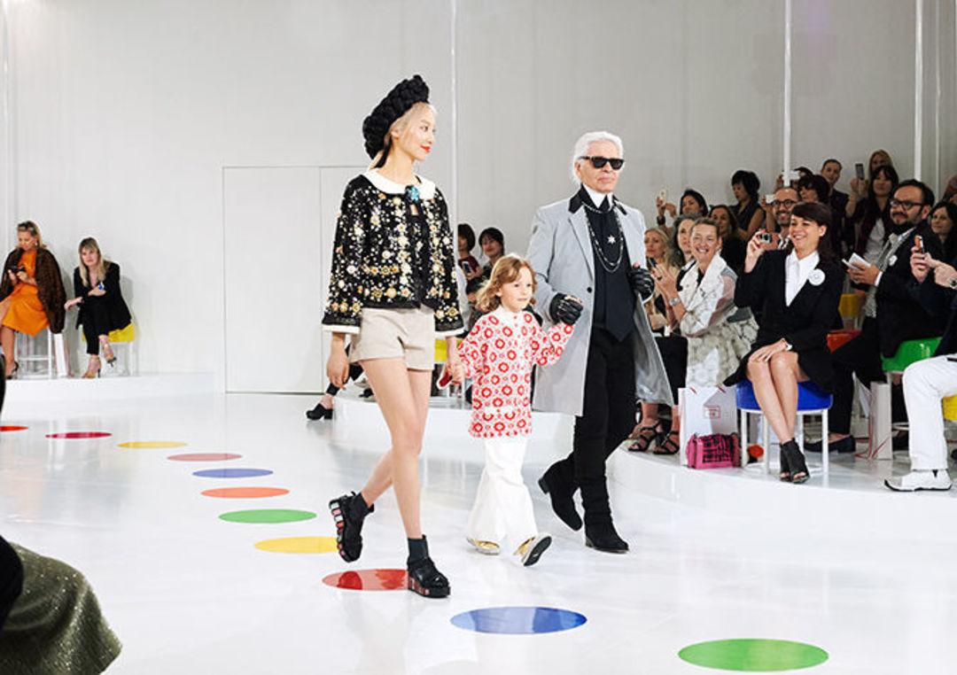 再说一次,奢侈品行业并没有崩溃,它们只是需要一场革命 2015 年轻化系列_时尚_好奇心日报