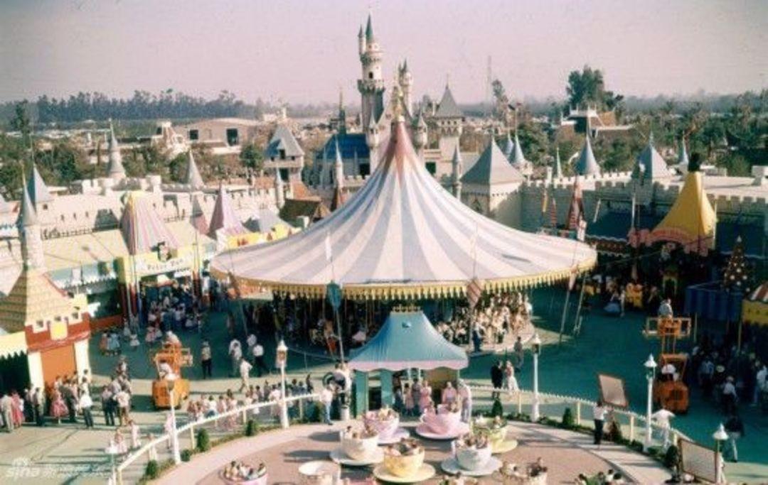 最早的迪士尼樂園