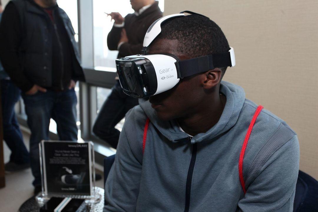 三星虚拟现实眼镜