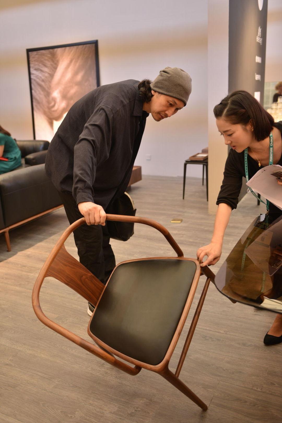 今年家具设计新潮流,看这 20 个单品就够了|2015 上海国际家具展_设计_好奇心日报