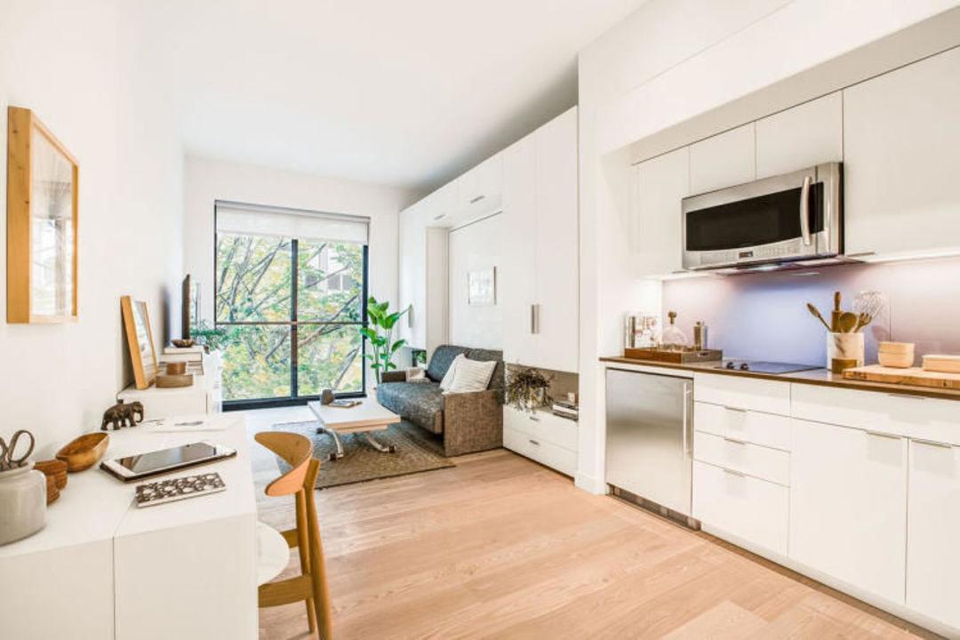 """人多地价贵,纽约第一次推出了不到 35 平的""""微型公寓""""_设计_好奇心日报"""