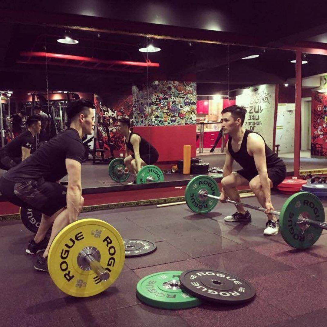 从连锁大型健身房出来后,他们如何创办了自己的健身工作室?_商业_好奇心日报