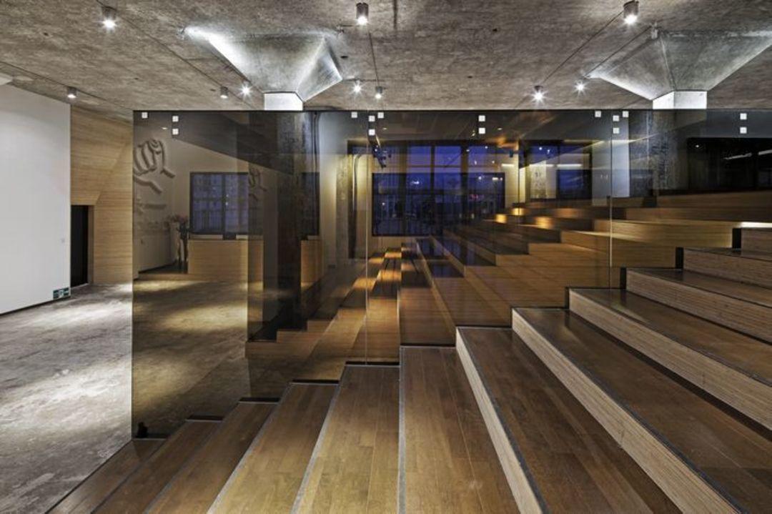 当一位设计师给另一位设计师造了座办公室︱100个有想法的人_设计_好奇心日报