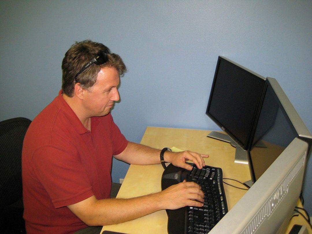 保罗·格雷厄姆:他认为黑客应当是一名画家,设计优美的软件 | 这个人有好奇心_智能_好奇心日报